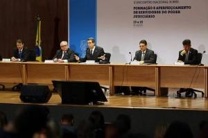 Da esquerda para a direita, os conselheirros Rubens Curado, Flavio Sirangelo, Guilherme Calmon, Saulo Bahia e Paulo Teixeira