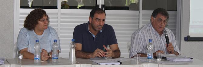 Da esquerda para direita estão Fabrício Duarte, Maria de Fátima da Silva e o Coordenador Técnico do Projeto, professor Eugênio Jardim