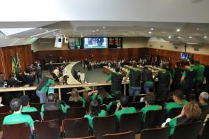Servidores estiveram na Assembleia nesta quarta, 20, para cobrar a leitura do anteprojeto da data-base em plenário