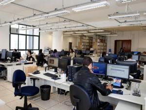 Fórum João Mendes aderiu ao trabalho à distância de funcionários 2 x por semana. Escreventes judiciários devem desempenhar atividades presenciais às segundas e sextas-feiras (Foto: Ricardo Lou/TJSP)