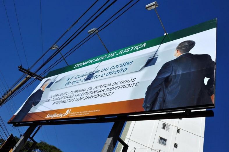 A mensagem do SINDJUSTIÇA pode ser conferida na Avenida Assis Chateaubriand, em Goiânia