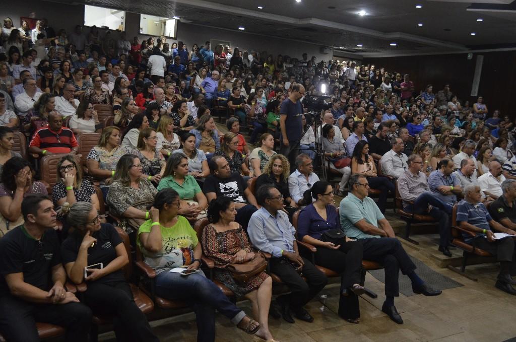 Assembleia Geral no TJGO  reuniu trabalhadores de dezenas de comarcas