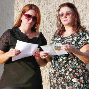 Giselly e Adriana estãoenfrentando dificuldades em marcar exames nas clínicas credenciadas ao Ipasgo (O Popular)